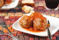 Albóndigas con chorizo y salsa de tomate