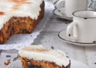 Bizcocho de zanahoria con crema de queso