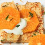 Crepes con naranja y crema de mascarpone