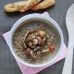 Cremosa sopa de lentejas con setas