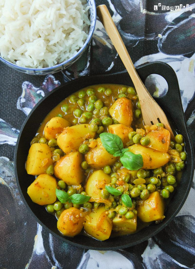 Curry de patatas y guisantes