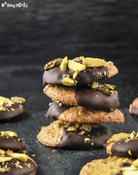 Galletas de pistachos con chocolate