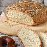 Pan con suero de leche y semillas
