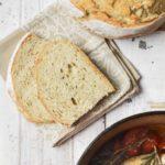 Pan en cazuela de hierro