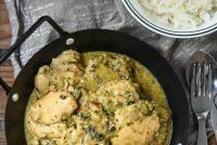 Pollo al curry con espinacas