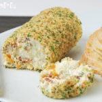 Rulo de queso con albaricoques