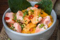 Salmón en salsa de zanahoria