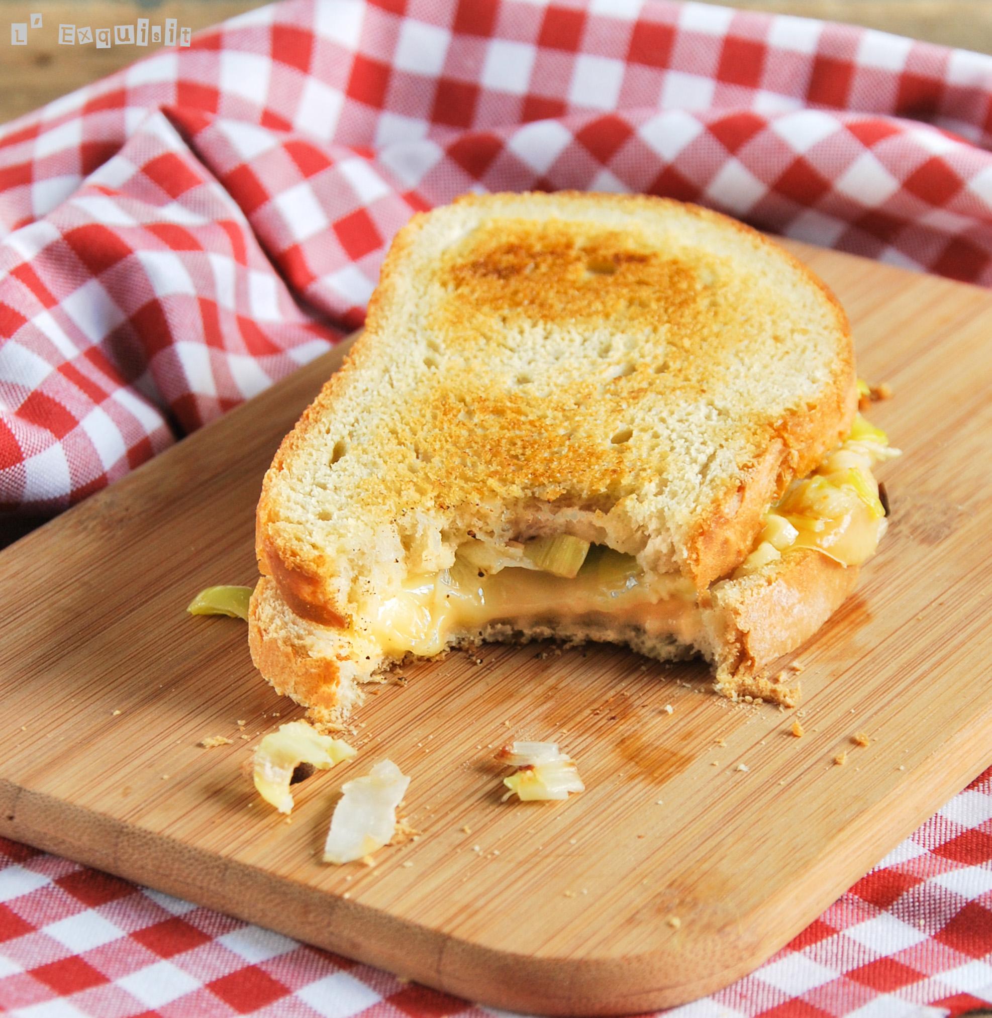 Sandwich de puerro a los tres quesos