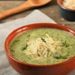 Sopa de calabacín a las hierbas con parmesano