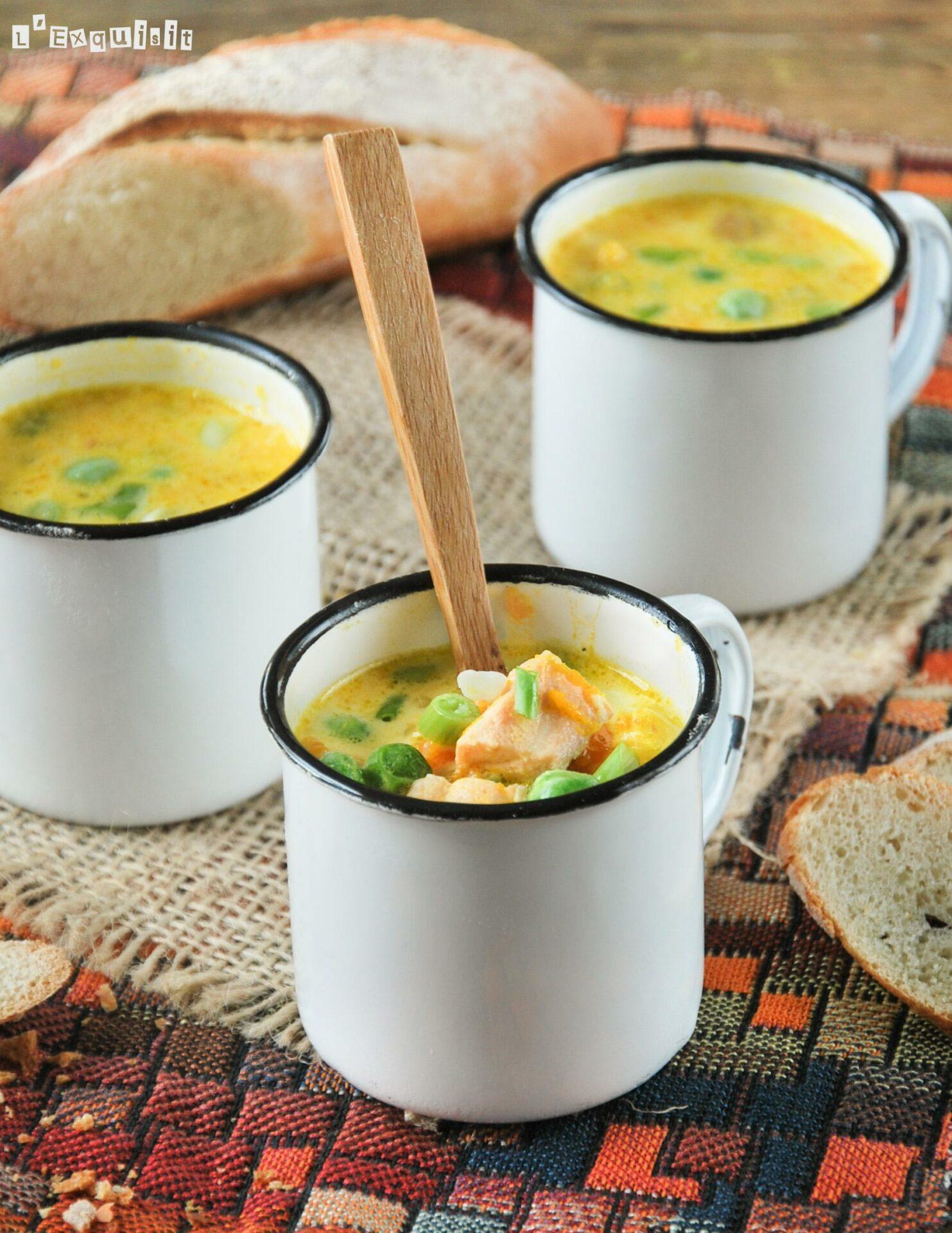 Sopa de verduras con salmón
