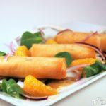 Sorpresas de queso brie con canónigos y mandarinas