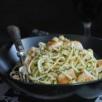 Spaguetti con pollo al limon y pangrattato