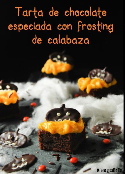 Tarta de chocolate especiada con frosting de calabaza