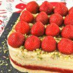 Tarta de crema y fresas