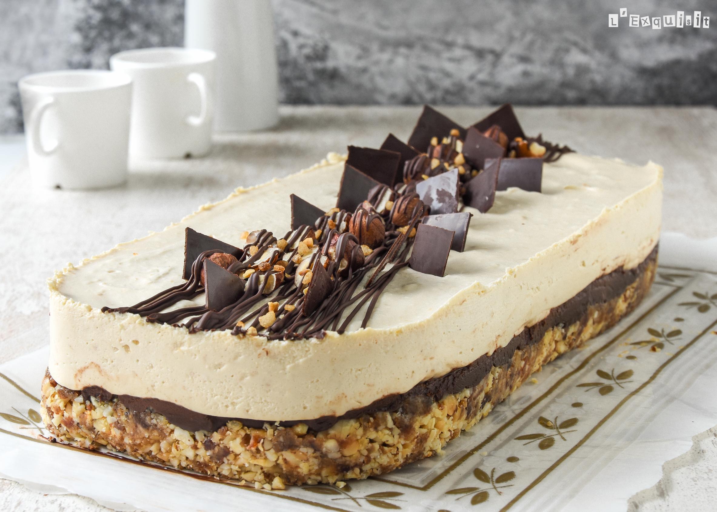 Tarta de queso al café con avellanas y chocolate