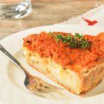 Tarta de ricotta con tomates en aceite
