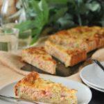 Tarta de salmón, ricotta y puerro
