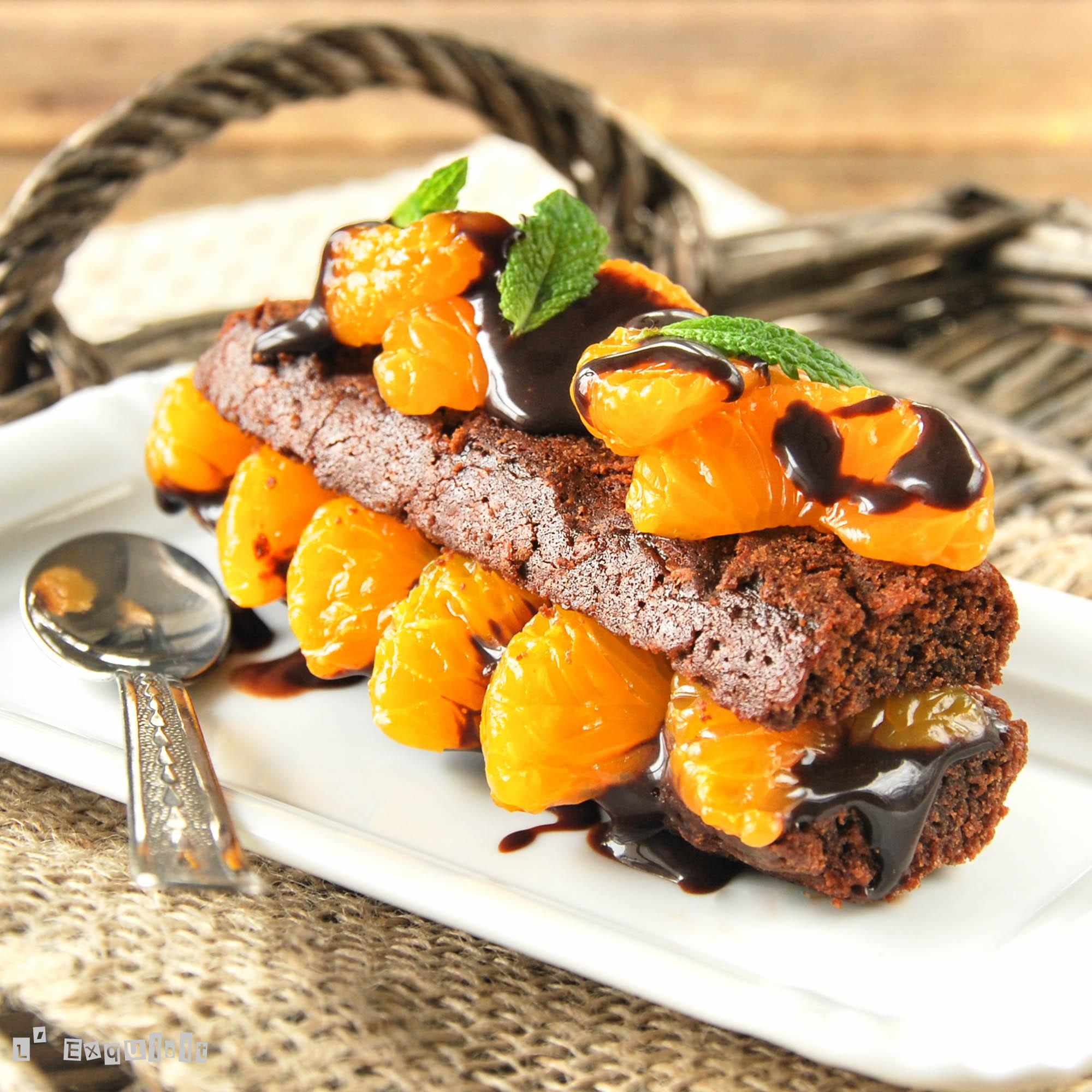 Tarta individual de chocolate y mandarinas