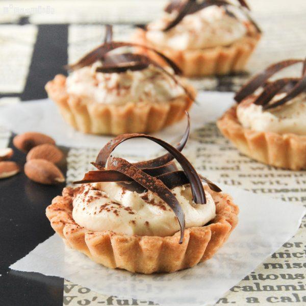 Tartaleta con chocolate y crema de jijona