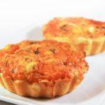 Tartaletas de coliflor y cheddar