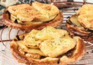 Tartaleta de manzana y brie