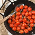Tomates confitados con vainilla y romero