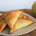 Appelflap: hojaldre relleno de manzana y pasas