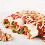 Canelones de verduras con pasas y nueces