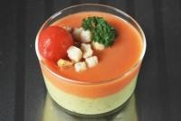 Gazpacho con crema de aguacate