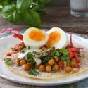 Crepes de arroz con garbanzos al curry y huevo {sin gluten}