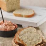 Pan de mostaza y eneldo / Crema de salmón