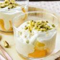 Semifrio de yogur a la vainilla con mango