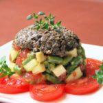 Tartar de verduras con tapenade